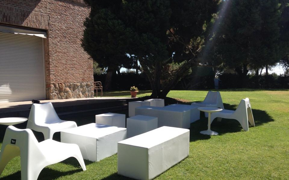 muebles chill out boda